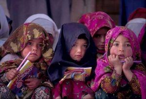 Karakorum – K2 Base Camp trekking. Dzieci