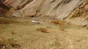 Wnętrzne schronu w Andach. Wyprawa górska w Andy