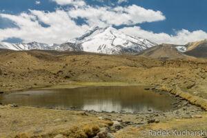 WIdok na szczyt i jezioro